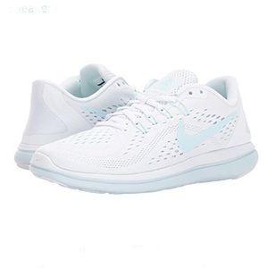 Women's Nike Flex RN Running Shoes Size: 8 NWT